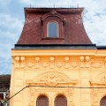 Zgradba - Az épület - The building 1